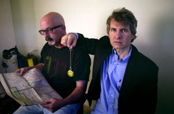 Peter Holsapple and Chris Stamey. Photo (c) Daniel Coston.