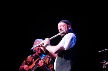Ian Anderson onstage. Photo (c) Bill Kopp